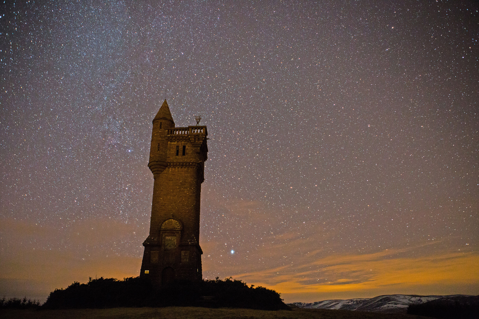 Airlie Tower by starlight