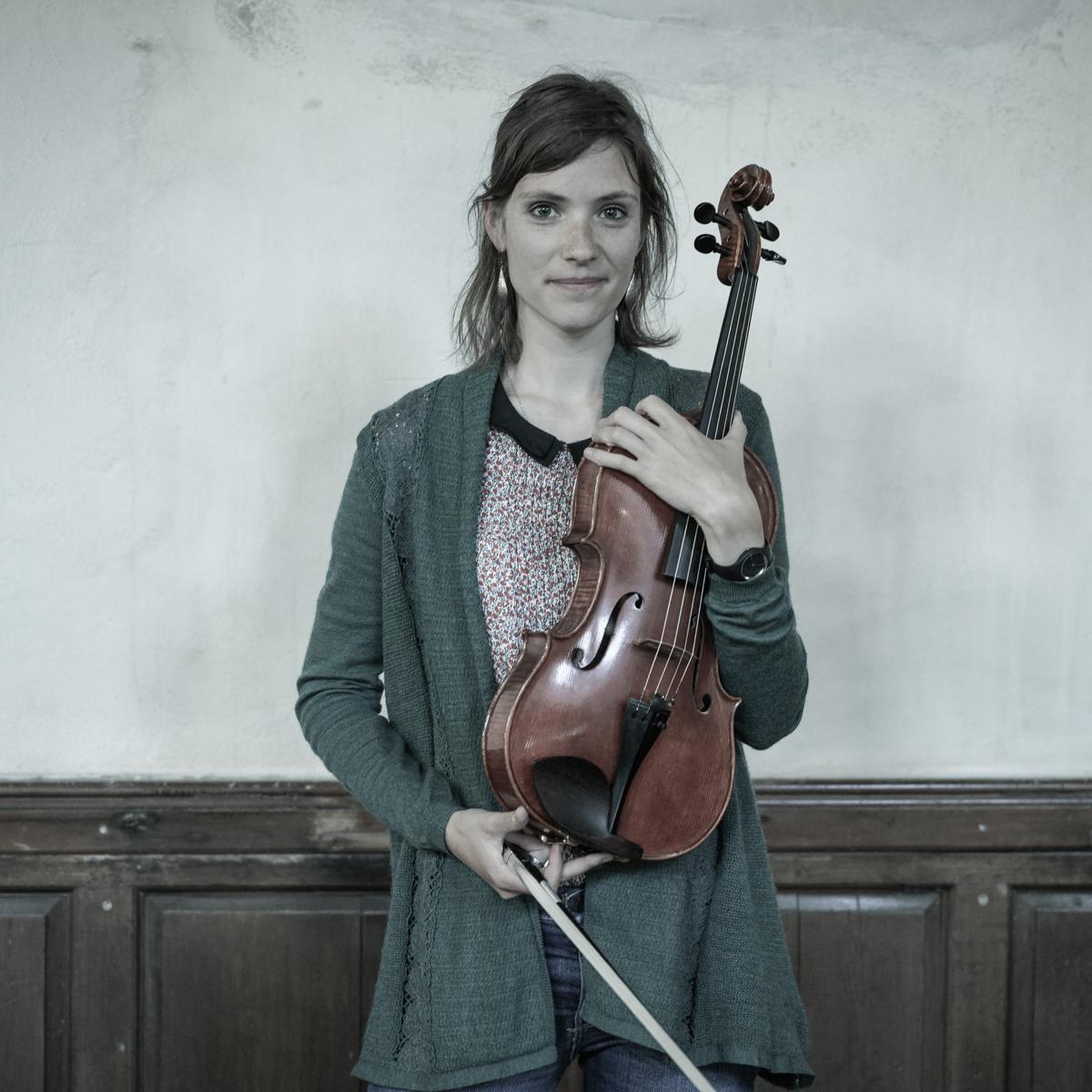 2-Chloe vansoeterstéde- conductor
