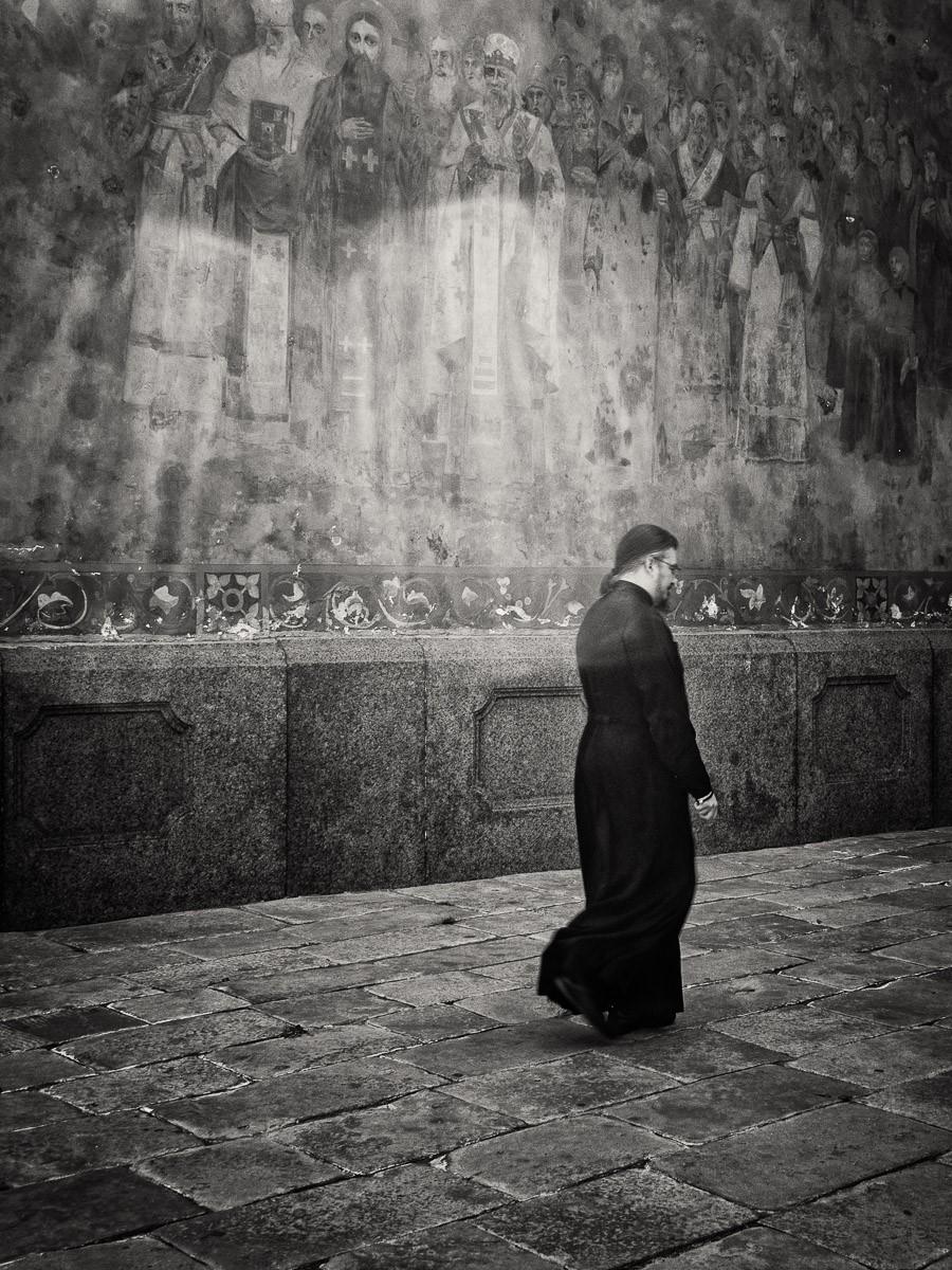 Kyiv people 2-priest