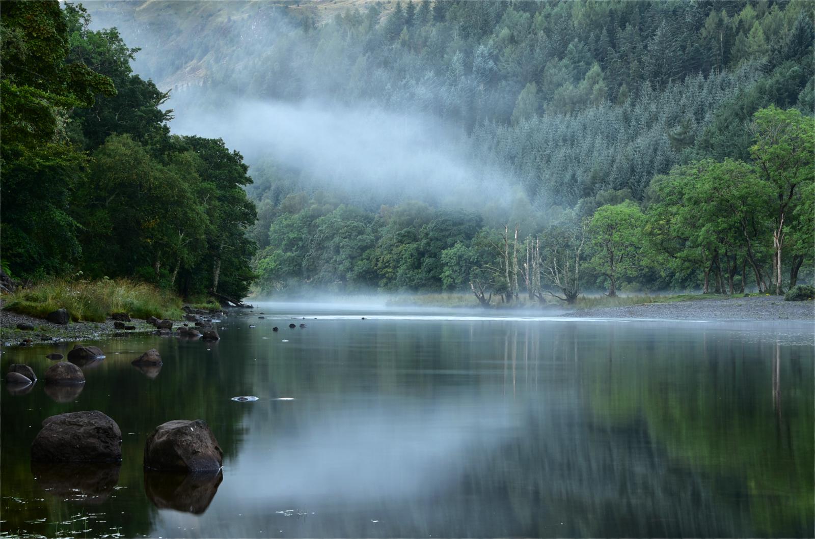 Morning mist on loch lubnaig