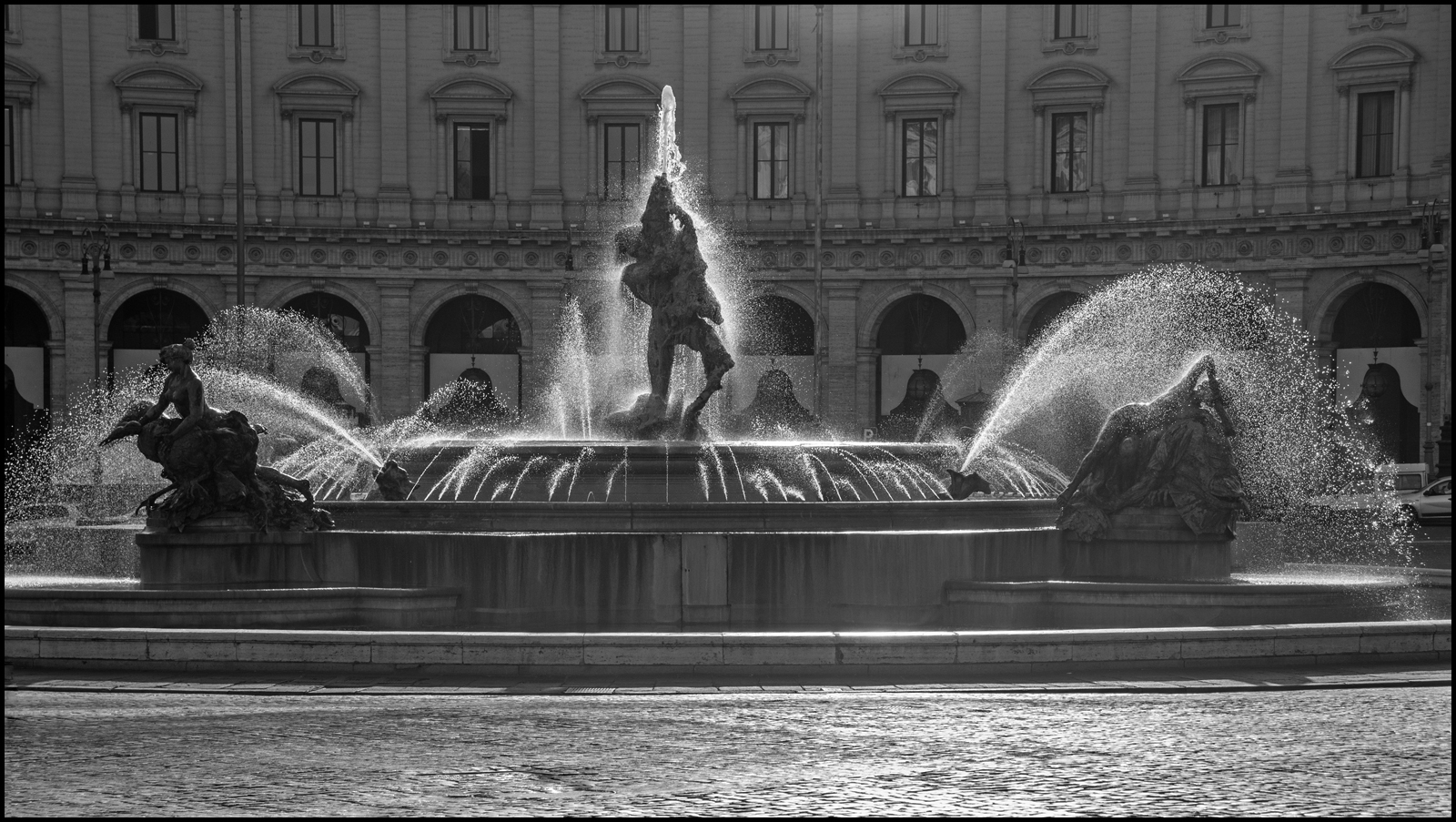 Fountain repubblica rome