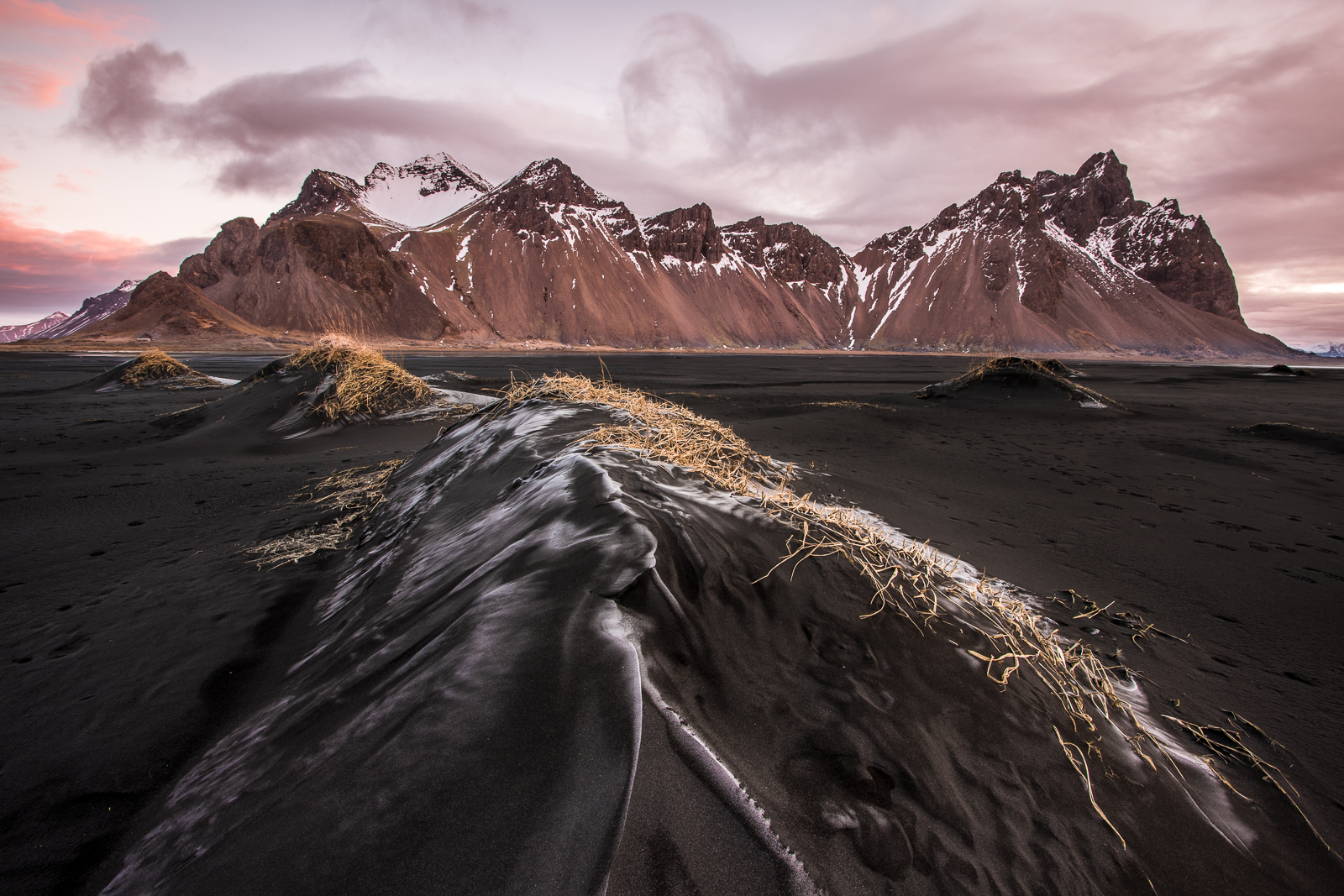 Iceland - dawn at stokksnes-3