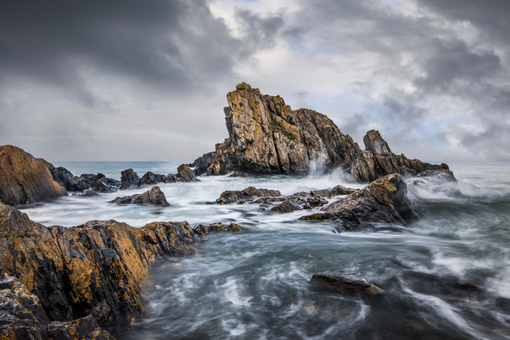 Portsoy Rocks by Ken Gillies