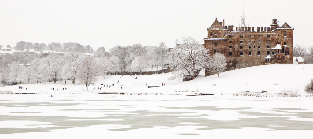 08_Linlithgow snow by Andy Donald