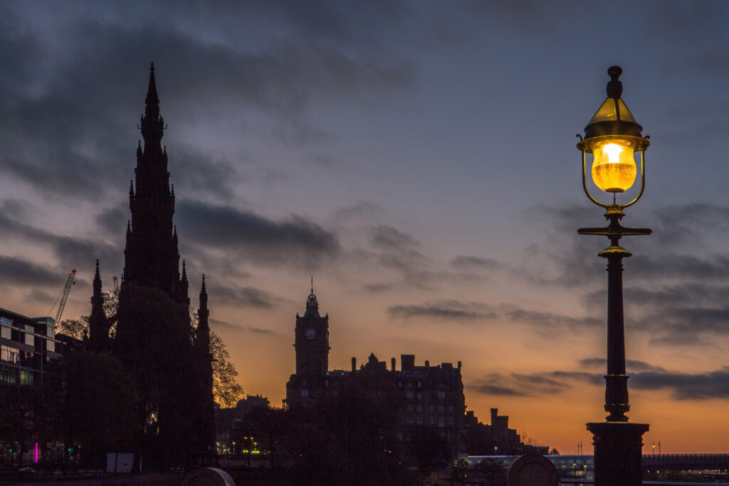 Graeme Gainey - Dawn breaking on Princes Street