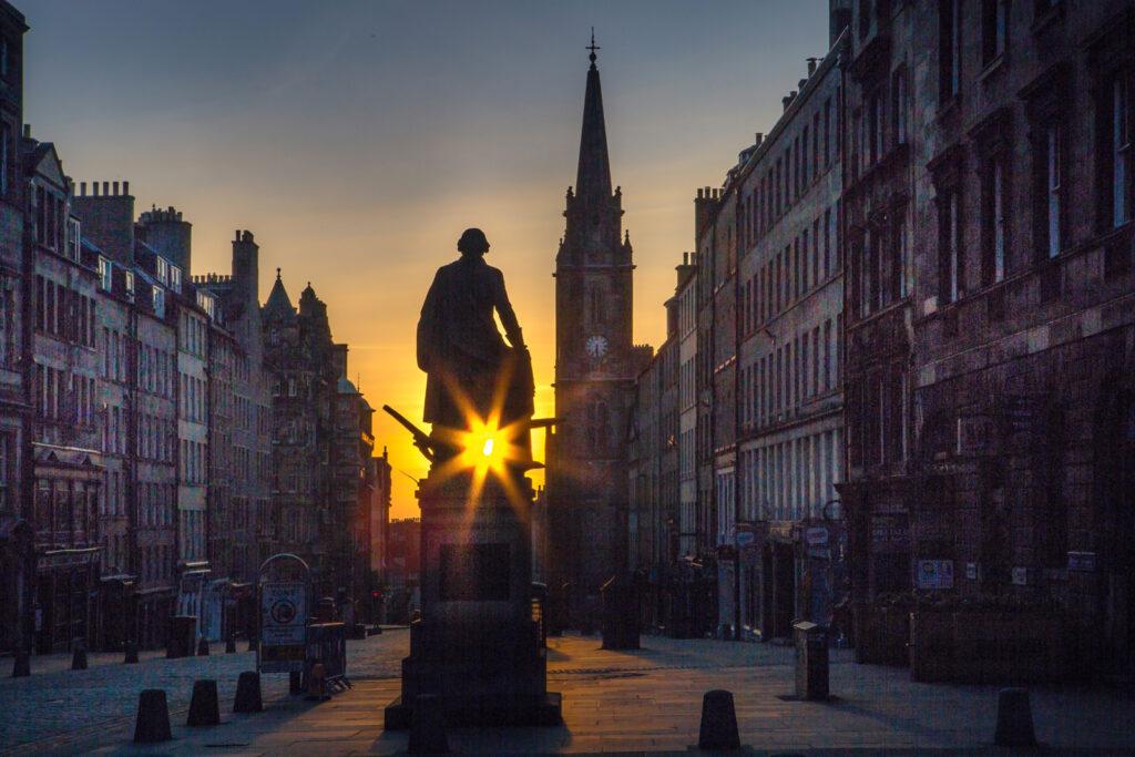 Graeme Gainey - Sunrise on the High Street
